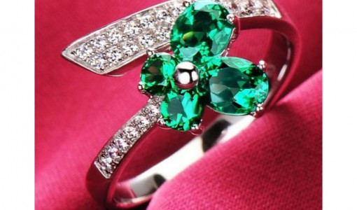 Beautiful-emerald-rings