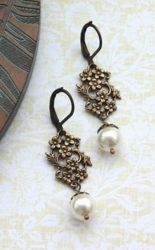 Antiqued-pearl-drop-earrings