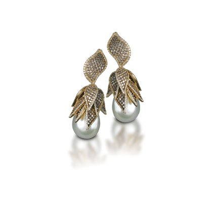 Barouqe-South-Sea-pearl-drop-earrings