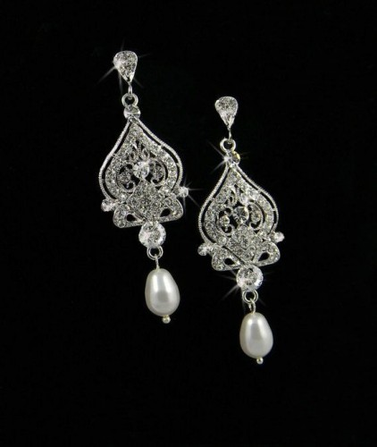 Beautiful-pearl-drop-earrings