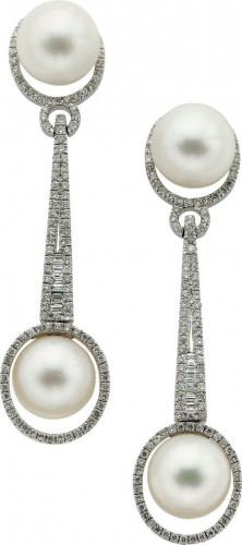 Big-pearl-drop-earrings