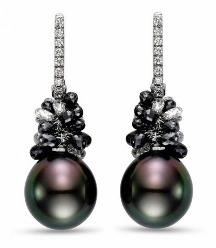 Black-Ice-pearl-drop-earrings