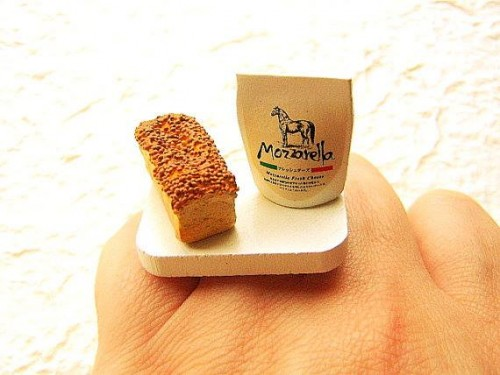 Bread-Cheese-miniature-rings