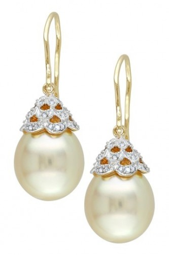 Golden-pearl-drop-earrings