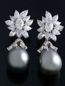Tahitian-pearl-drop-earrings