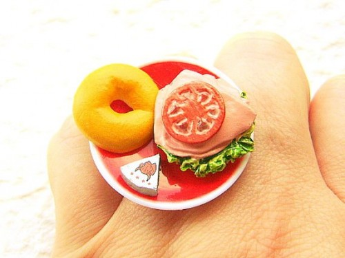 Tomato-cheese- Sandwich-miniature-rings