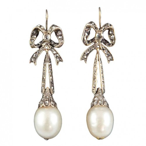 Victorian-pearl-drop-earrings