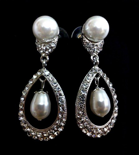 bridal-pearl-drop-earrings