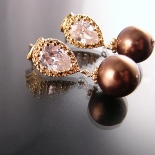 bronze-pearl-drop-earrings