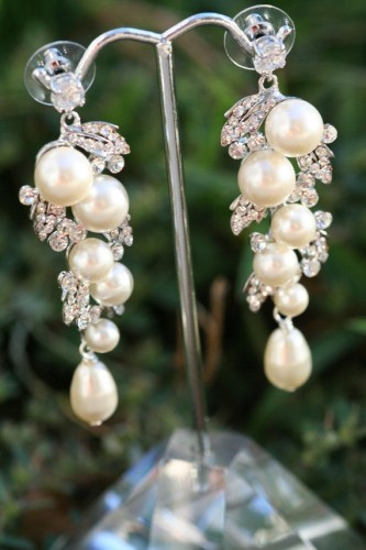 bunch-pearl-drop-earrings