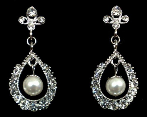 crystal-pearl-drop-earrings (2)