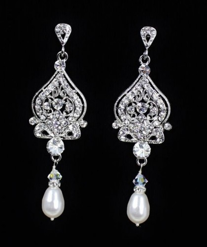 dazzling-pearl-drop-earrings