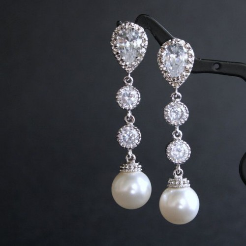 diamond-and-pearl-drop-earrings