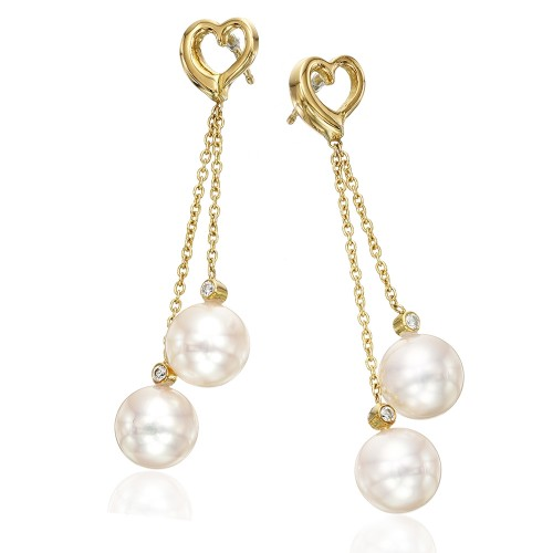 enticing-pearl-drop-earrings