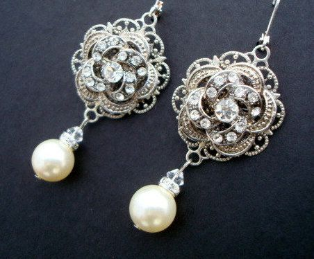 flower-pearl-drop-earrings