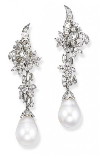 foliate-pearl-drop-earrings