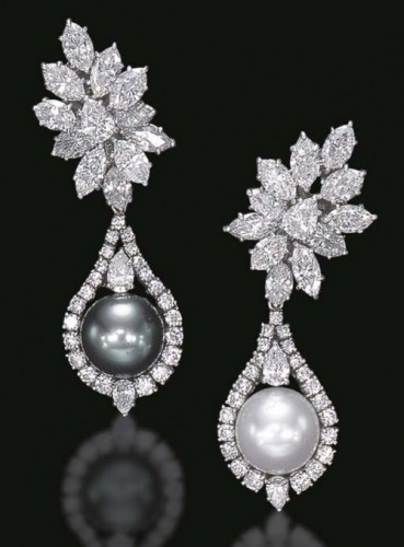 lovely-pearl-drop-earrings