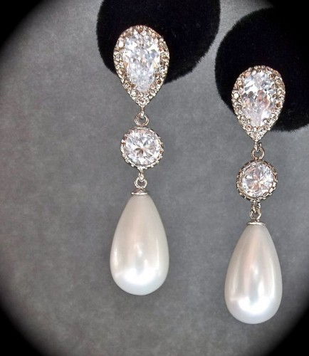 magnificent-pearl-drop-earrings