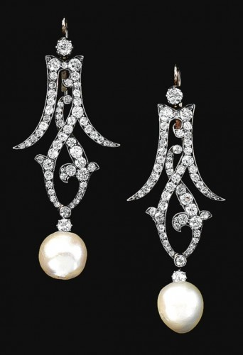 open-work-pearl-drop-earrings