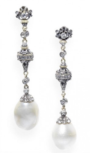 pearl-drop-earrings-carved- links