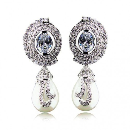 pearl-drop-earrings-diamond