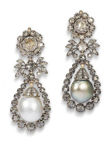pearl-drop-earrings-floral