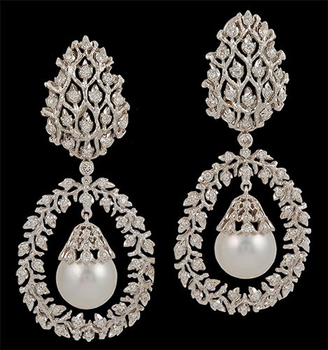 pearl-drop-earrings-stylish