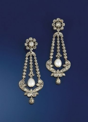 pearl-drop-earrings-twin-scroll-panel