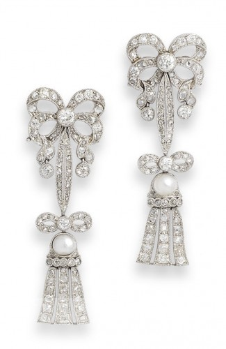 ribbon-bow-pearl-drop-earrings