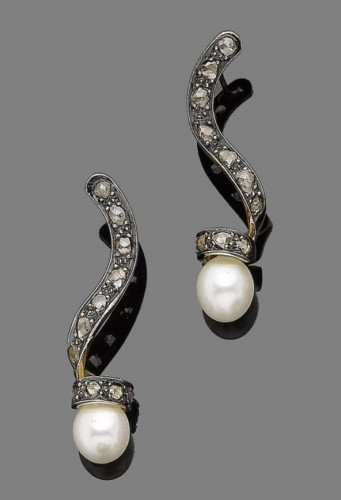 spiral-pearl-drop-earrings