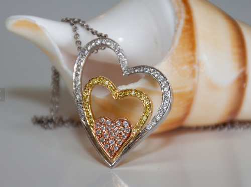 3-tone-diamond-heart-necklace