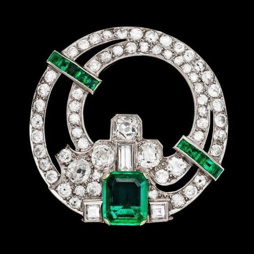 Art-Deco-Diamond-dress clip.