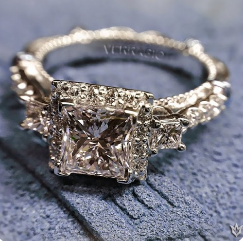 Brown-diamond-princess-Cut-diamond-rings