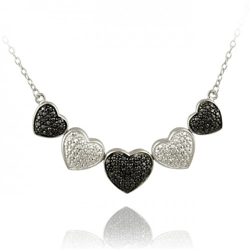 Diamond-Heart-necklace-black-white