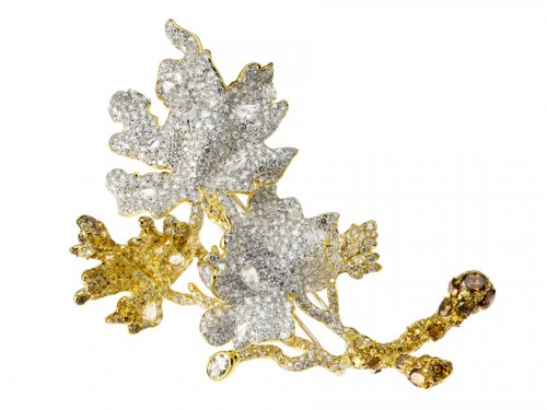 Maple-Leaves-brooch