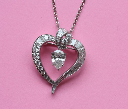 alluring-diamond-heart-necklace-for-women