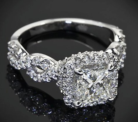 alluring-princess-Cut-diamond-rings