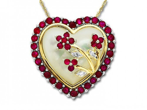 diamond-heart-necklace-for-women-ruby