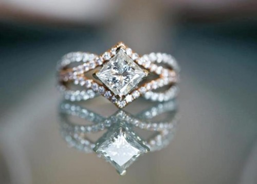 engagement-princess-Cut-diamond-rings