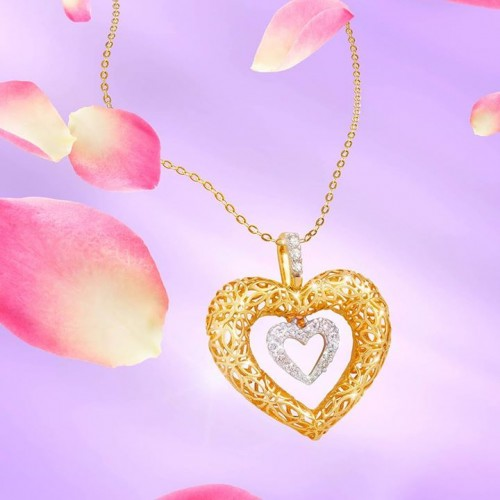 golden-diamond-heart-necklace-for-women)