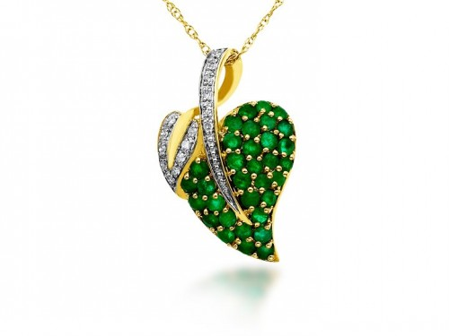 green-diamond-heart-necklace-for-women