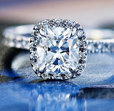 mesmerizing-princess-Cut-diamond-rings