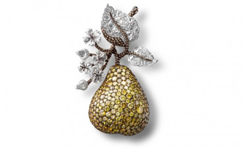 pear-shaped-diamond-brooch