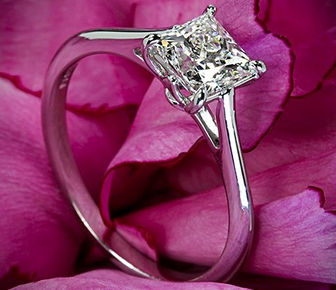 princess-Cut-diamond-rings  (35)