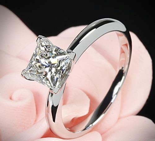 princess-Cut-diamond-rings  (44)