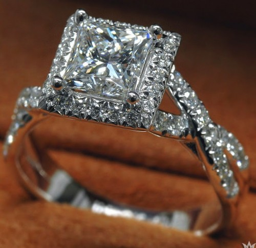 princess-Cut-diamond-rings  (65)