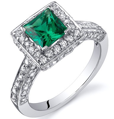 princess-Cut-diamond-rings-Emerald