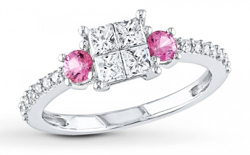 princess-Cut-diamond-rings-pink