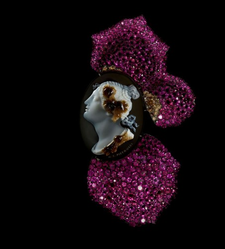 rose-petal-brooch