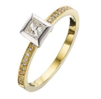 solitaire-princess-Cut-diamond-rings